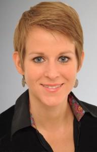 Portrait photo of Laura Schneider