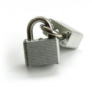 Кибербезопасность: Шифруем данные паролем.